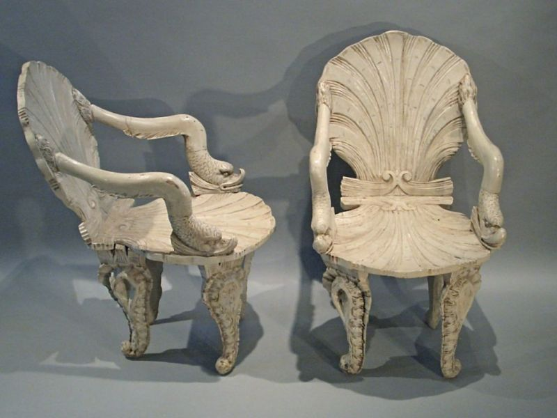 Merveilleux Grotto Chairs