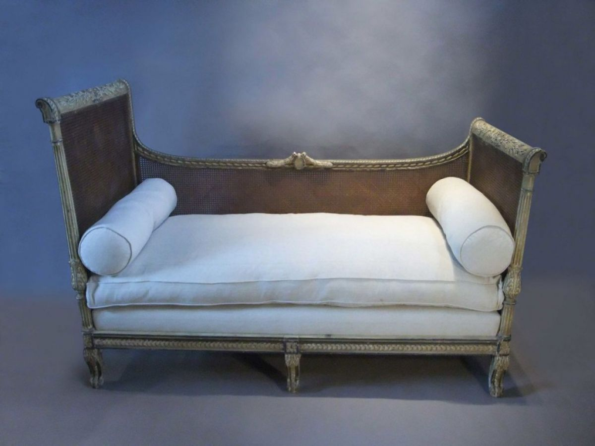 Bergere sofa stock decorative antiques decorative for Stock sofas madrid